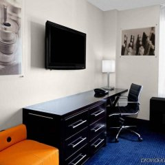 Отель Hilton New York Fashion District США, Нью-Йорк - отзывы, цены и фото номеров - забронировать отель Hilton New York Fashion District онлайн удобства в номере