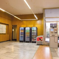 Отель A&O Prague Rhea Прага банкомат