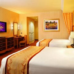 Отель South Point Hotel, Casino, and Spa США, Лас-Вегас - 1 отзыв об отеле, цены и фото номеров - забронировать отель South Point Hotel, Casino, and Spa онлайн комната для гостей фото 2