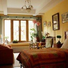 Отель Les Bluets Бельгия, Брюссель - отзывы, цены и фото номеров - забронировать отель Les Bluets онлайн комната для гостей фото 5