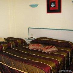 Отель Relais Bergson сейф в номере