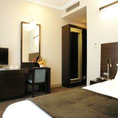 Отель Celestine Hotel Япония, Токио - 1 отзыв об отеле, цены и фото номеров - забронировать отель Celestine Hotel онлайн удобства в номере фото 2