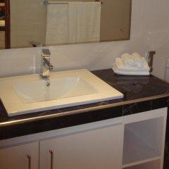 Отель Seatra Residency Шри-Ланка, Коломбо - отзывы, цены и фото номеров - забронировать отель Seatra Residency онлайн ванная