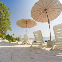Отель Ocean Grand at Hulhumale Мальдивы, Мале - отзывы, цены и фото номеров - забронировать отель Ocean Grand at Hulhumale онлайн пляж фото 2