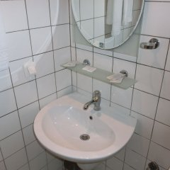 Отель Bentley Бельгия, Брюссель - отзывы, цены и фото номеров - забронировать отель Bentley онлайн ванная фото 2
