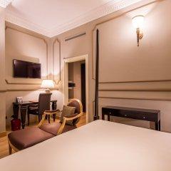 Отель Grand Visconti Palace Италия, Милан - 12 отзывов об отеле, цены и фото номеров - забронировать отель Grand Visconti Palace онлайн сейф в номере