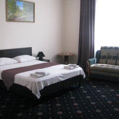 Гостиница Максимус комната для гостей