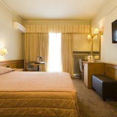 Coral Hotel Athens сейф в номере
