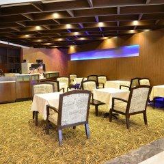 Отель Edward Hotel North York Канада, Торонто - отзывы, цены и фото номеров - забронировать отель Edward Hotel North York онлайн питание фото 2