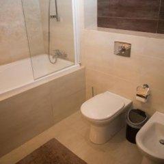 Гостиница Sun House в Ольгинке отзывы, цены и фото номеров - забронировать гостиницу Sun House онлайн Ольгинка ванная фото 3