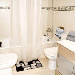 Отель Apartaments AR Eton Испания, Льорет-де-Мар - отзывы, цены и фото номеров - забронировать отель Apartaments AR Eton онлайн ванная