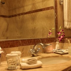 Отель Grand Palace Hotel Иордания, Амман - отзывы, цены и фото номеров - забронировать отель Grand Palace Hotel онлайн ванная