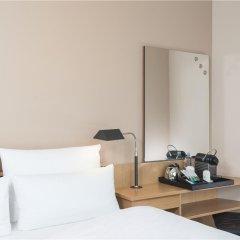 Отель NH Düsseldorf City удобства в номере фото 2