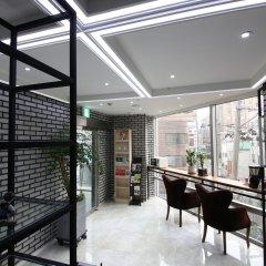 Отель Myeong-Dong New Stay Inn гостиничный бар