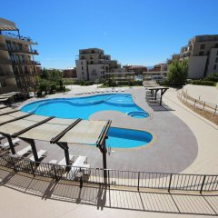 Апартаменты Menada Luxor Apartments бассейн