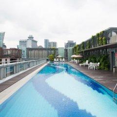Отель Chancellor@Orchard Сингапур, Сингапур - отзывы, цены и фото номеров - забронировать отель Chancellor@Orchard онлайн бассейн