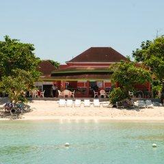 Отель Shields Negril Villas LTD пляж