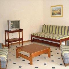 Отель Apartamentos Rio Португалия, Виламура - отзывы, цены и фото номеров - забронировать отель Apartamentos Rio онлайн комната для гостей фото 3