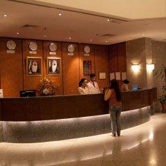 Avari Dubai Hotel интерьер отеля фото 3