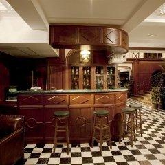 Chillon Castle Hotel гостиничный бар