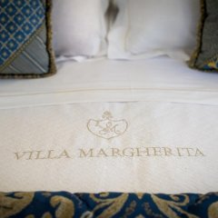 Отель Romantik Hotel Villa Margherita Италия, Мира - отзывы, цены и фото номеров - забронировать отель Romantik Hotel Villa Margherita онлайн комната для гостей