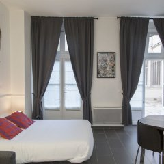 Отель Saint-Germain des Prés Apartment 2 Франция, Париж - отзывы, цены и фото номеров - забронировать отель Saint-Germain des Prés Apartment 2 онлайн комната для гостей фото 3