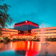 Отель ibis Schiphol Amsterdam Airport Нидерланды, Бадхевердорп - 7 отзывов об отеле, цены и фото номеров - забронировать отель ibis Schiphol Amsterdam Airport онлайн приотельная территория фото 2