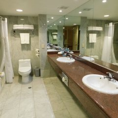 Hotel Palacio Azteca ванная