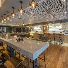 Отель Angsana Villas Resort Phuket гостиничный бар