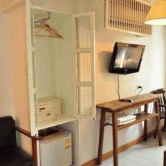 Отель Hi Baan Thewet Таиланд, Бангкок - отзывы, цены и фото номеров - забронировать отель Hi Baan Thewet онлайн