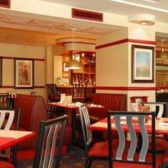 Отель Red Lion Hotel Rosslyn Iwo Jima США, Арлингтон - отзывы, цены и фото номеров - забронировать отель Red Lion Hotel Rosslyn Iwo Jima онлайн питание