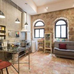 Best Location Jerusalem Stone Apartment Израиль, Иерусалим - отзывы, цены и фото номеров - забронировать отель Best Location Jerusalem Stone Apartment онлайн развлечения