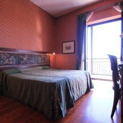 Colony Hotel Рим сейф в номере