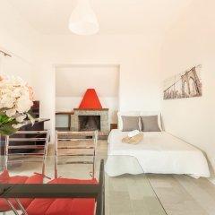 Отель Alessia's Flat Naviglio Grande 4 Италия, Милан - отзывы, цены и фото номеров - забронировать отель Alessia's Flat Naviglio Grande 4 онлайн комната для гостей фото 4