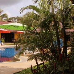 Отель Kamala Tropical Garden бассейн