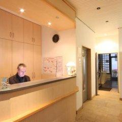Отель Hansa Hotel Германия, Дюссельдорф - отзывы, цены и фото номеров - забронировать отель Hansa Hotel онлайн интерьер отеля фото 2