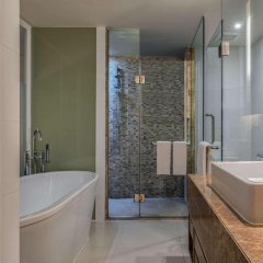 Отель Hilton Phuket Arcadia Resort and Spa Пхукет ванная фото 2
