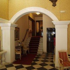 Отель Cavalieri Hotel Греция, Корфу - 1 отзыв об отеле, цены и фото номеров - забронировать отель Cavalieri Hotel онлайн интерьер отеля