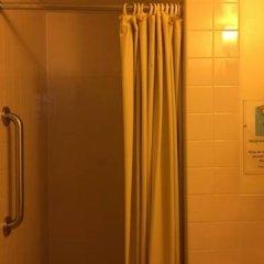 Отель Seafarers International House США, Нью-Йорк - отзывы, цены и фото номеров - забронировать отель Seafarers International House онлайн ванная