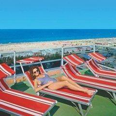 Отель Camay Италия, Риччоне - отзывы, цены и фото номеров - забронировать отель Camay онлайн бассейн