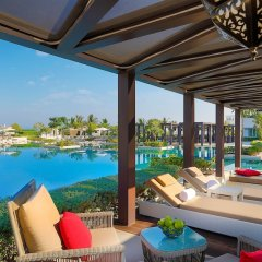 Отель W Muscat Оман, Маскат - отзывы, цены и фото номеров - забронировать отель W Muscat онлайн бассейн фото 2