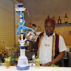 Отель Vincci Djerba Resort Тунис, Мидун - отзывы, цены и фото номеров - забронировать отель Vincci Djerba Resort онлайн гостиничный бар