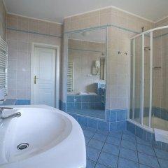 Отель FESTIVAL Hotel Apartments Чехия, Карловы Вары - отзывы, цены и фото номеров - забронировать отель FESTIVAL Hotel Apartments онлайн ванная фото 6
