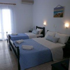 Отель Flisvos сейф в номере