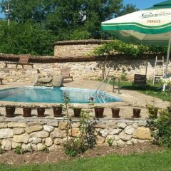 Hotel Pri Chakara Велико Тырново бассейн фото 3