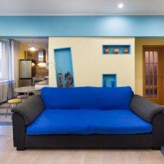 Гостиница MosApts Zemlyanoy Val 52 комната для гостей фото 3