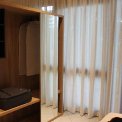 Hotel Maria Serena Римини сейф в номере