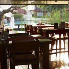 Отель Escape Hua Hin гостиничный бар