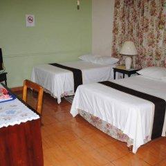 Отель Palm Bay Guest House & Restaurant Ямайка, Монтего-Бей - отзывы, цены и фото номеров - забронировать отель Palm Bay Guest House & Restaurant онлайн спа