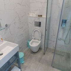 Hotel Mucobega 2 Саранда ванная